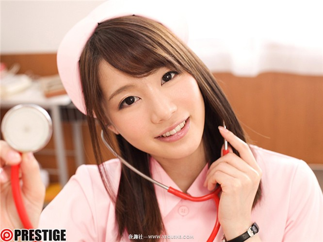 ABP-885:工口小恶魔铃村爱里(铃村あいり)护士服、学生妹、黑丝袜的全力诱惑!